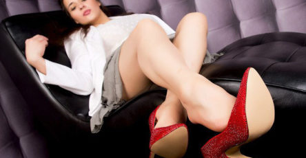 Sniff my high heels while you stroke