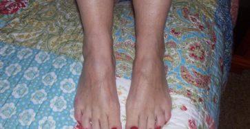 Redhead cougar barefoot teasing foot slaves
