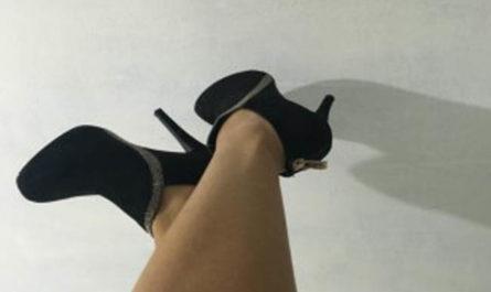 Asian feet in high heels