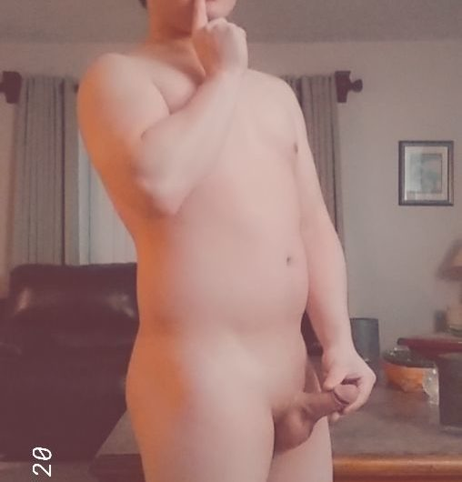 Why can't I resist showing my tiny cock nudes with my entire face to the internet?!
