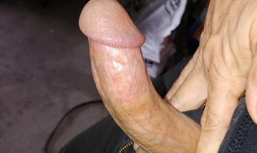 Joe pops out his tiny 4 inch boner: Is it big enough?