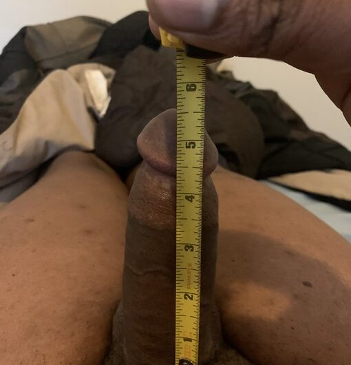 Boner barely hits 5.5 inches on my best days