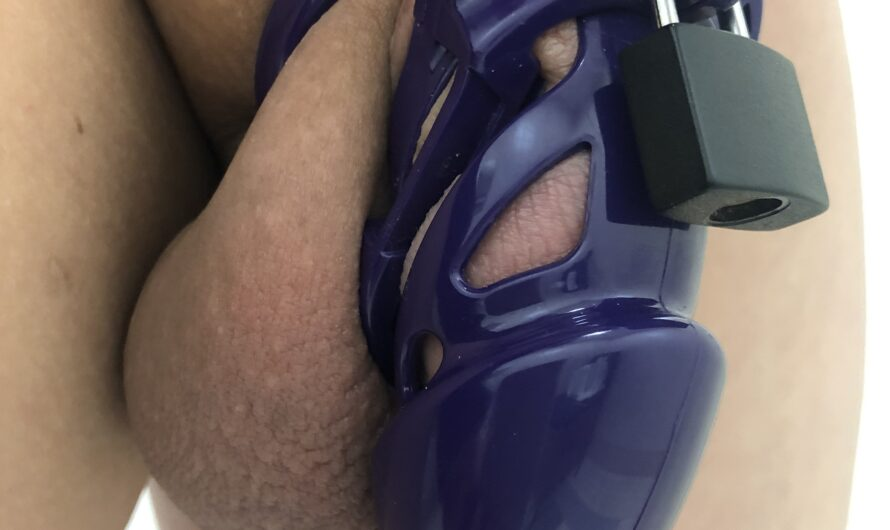 Little engine in PPE and panties