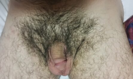 Such an ugly useless small penis