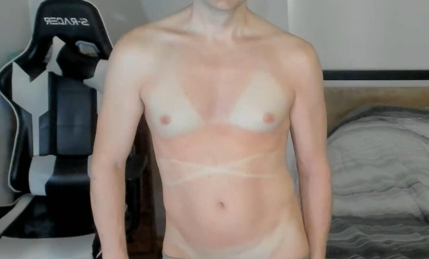 Dinky Denver Shoemaker's tan lines reveal the truth about his sexuality