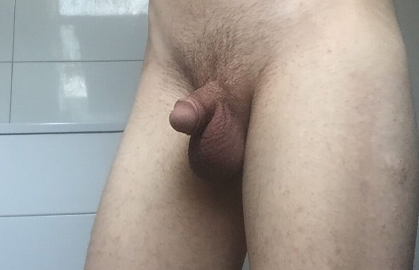 Small French Sissy Dicklette