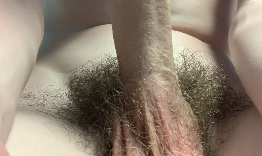Just a hairy ugly ass dicklette