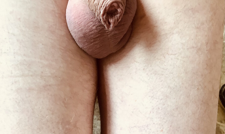 My cuckold husband David and his little tinkle winky