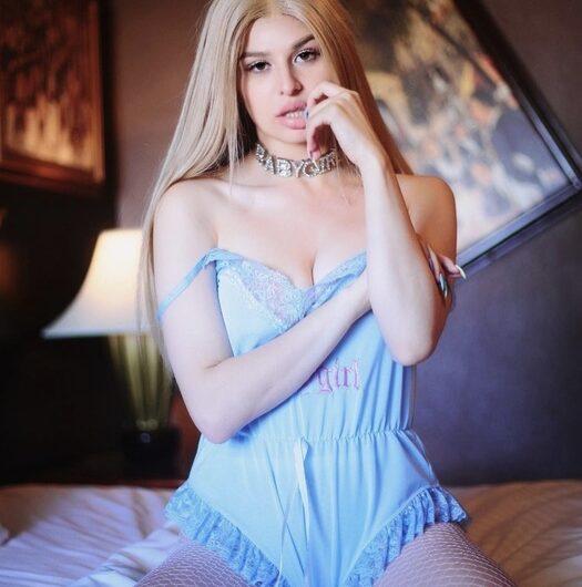 Goddess makes you jerk off to panties